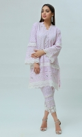 This traditional chikan Kurta with beautiful mirror work encrusted alongside the borders with laces.the hemline of the shirt is further enhanced with crochet laces paired with lace embellished chikan pants.