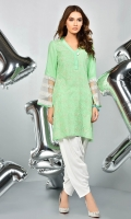 Embroiderd shirt with silk neckline and embroidered organza sleeves