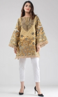 Digital printed cotton sateen box kurta with exaggerated sleeves and jute lace finishing. Hand made buttons and beaded tassels are added to the neckline to elevate the look.