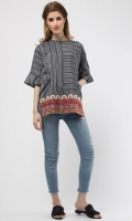 Round Neck Embroidered Front 3/4 Length Sleeves Pockets on the Sides