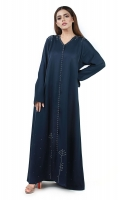 Designed with shiny silver studs. Open-front style. It comes with a complimentary hijab