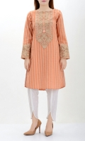Shirt with embroidered neckline Tilla finished embroidery Pearls and tassel on placket Embroidered tissue cuffs
