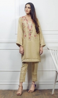 Jacquard embroidered gold shirt Embellished with laces and buttons Round neck Straight sleeves Straight hem