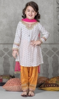 3 piece frock shalwar and dupatta White grip screen printed frock with embroidered neck and sleeves Mustard grip embroidered shalwar Pink Net dupatta Embellished with kiran lace and tassels