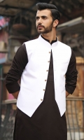 100% Cotton jacquard off-white waist coat.