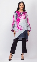 - Digital printed kurti  - Straight cut kurta  - Boat neckline with v cut  -Full bell sleeves with pleats