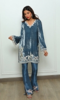 A moody grey velvet luxurious kurta finished with pastel embroideries and an embellished neckline. Elegance personified!