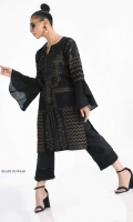 sana-safinaz-ready-to-wear-winter-2018-17