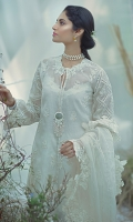 An asymmetrical kurta with scalloped borders and intricately embroidered and handworked neckline. The look is completed with signature mirror tassel.