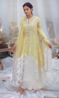 Beautiful flowy angrakha in exclusively woven chiffon jacqaurd for Zainab Salman, with a hand worked neckline with signature tassels. The thread embroidered motifs and thick worked border on hem and sleeves complete the look. It comes with a slip.