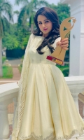 Product details: Fabric: Raw silk and Organza Items: 3 Colour: Off white -Fakhira Pishwas is a flowy knee length pishwas featuring handworked bodice and sleeves. The organza dupatta comes adorned with croatian laces as shown in the picture.