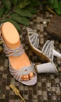 fashion-ladies-heels-for-eid-2021-8