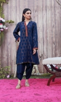 Our blue pyramid kurta is a timeless ensemble and can be a perfect brunchwear. It is detailed with intricate embroidery on the pockets and neckline. Pair yours with a matching skinny shalwar for more elegance.