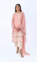 Print Embroidered Kurta Paired With Dupatta