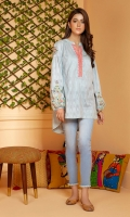 Self textured barochia cotton tunic with folk embroidery on peasant sleeves and a round hem.