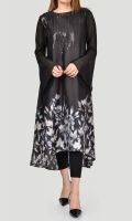 Printed shirt with embellished neckline (sequins) Chiffon sleeves with bell cuffs
