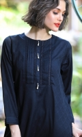 JACQUARD EMBROIDERED KURTA BOAT NECK STRAIGHT SLEEVES STRAIGHT HEIM WITH PEARLS EMBELLISHMENT