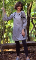 DIGITAL PRINTED SHIRT WITH EMBROIDERY BOAT NECK STYLIZED SLEEVES STRAIGHT HEIM