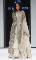 Chevron dupatta, stripes dupatta, sheesha tanka shirt and plain lehnga. Organza Fabric, Silk bluose.