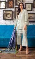 With its bordered detailing on the hem and sleeves plus delicate buttons, this smart shirt is paired with an exquisite silk dupatta for our limited edition Eid collection.