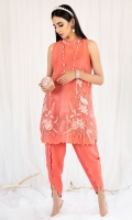 Coral organza A-line top with short side slits, embroidered and embellished with adda work exhibiting funnel neck and raglan sleeves paired with a scalloped raw silk tulip shalwar.
