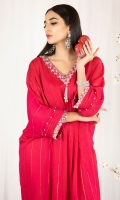 Dobby fabric with crystal worked neckline and cuffs comes with the pk silk inner.